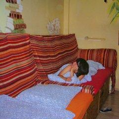 Отель Lollis Homestay - Hostel Германия, Дрезден - 1 отзыв об отеле, цены и фото номеров - забронировать отель Lollis Homestay - Hostel онлайн комната для гостей фото 4
