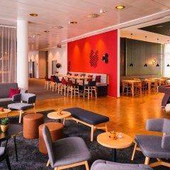 Отель Vienna House Easy Trier гостиничный бар