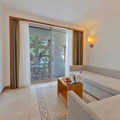 Отель Liberty Hotels Lykia - All Inclusive комната для гостей фото 5