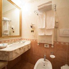 Отель Dei Consoli Hotel Италия, Рим - 3 отзыва об отеле, цены и фото номеров - забронировать отель Dei Consoli Hotel онлайн ванная фото 2