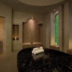 Отель Hilton Capital Grand Abu Dhabi сауна