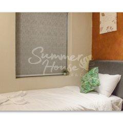 Отель Гостевой Дом Summer House Bed & Cafe Малайзия, Куала-Лумпур - отзывы, цены и фото номеров - забронировать отель Гостевой Дом Summer House Bed & Cafe онлайн комната для гостей фото 3
