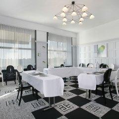 Отель Best Western Adagio Франция, Сомюр - отзывы, цены и фото номеров - забронировать отель Best Western Adagio онлайн помещение для мероприятий фото 2