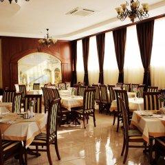 Гостиница Платан Rezort (Витязево) в Витязево отзывы, цены и фото номеров - забронировать гостиницу Платан Rezort (Витязево) онлайн питание