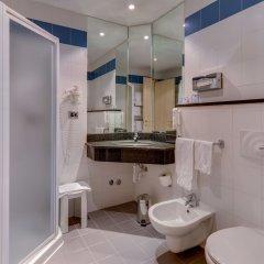 Отель Holiday Inn Express Parma Парма ванная