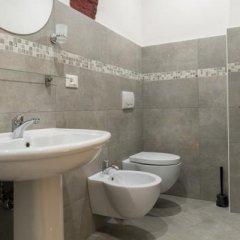 Отель House under the Towers Италия, Болонья - отзывы, цены и фото номеров - забронировать отель House under the Towers онлайн ванная
