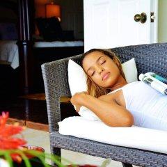 Отель Beachcombers Hotel Сент-Винсент и Гренадины, Остров Бекия - отзывы, цены и фото номеров - забронировать отель Beachcombers Hotel онлайн комната для гостей фото 2