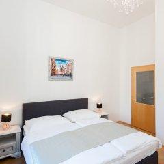Апартаменты Slovansky Dum Boutique Apartments Прага сейф в номере