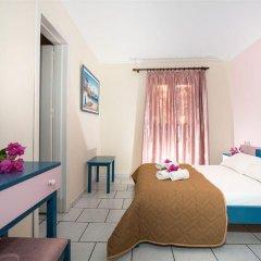 Отель Sofia's Hotel Греция, Каламаки - отзывы, цены и фото номеров - забронировать отель Sofia's Hotel онлайн комната для гостей фото 3