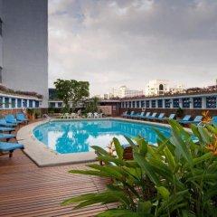 Отель MONTIEN Бангкок бассейн фото 3