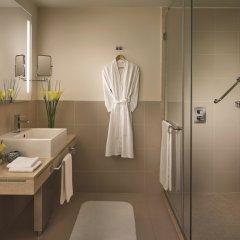 Traders Hotel Qaryat Al Beri Abu Dhabi, by Shangri-la ванная