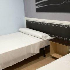 Отель Hello Madrid Испания, Мадрид - 1 отзыв об отеле, цены и фото номеров - забронировать отель Hello Madrid онлайн комната для гостей фото 5
