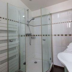 Отель Bright Arches Париж ванная