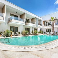 Отель Pefki Deluxe Residences Греция, Пефкохори - отзывы, цены и фото номеров - забронировать отель Pefki Deluxe Residences онлайн бассейн