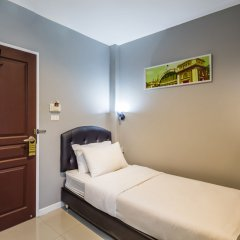 Отель @Hua Lamphong комната для гостей фото 2