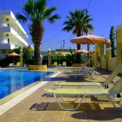 Antonios Hotel бассейн фото 3