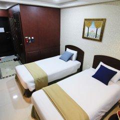 Отель Inter City Seoul сейф в номере