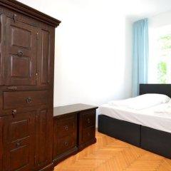 Отель Vienna Residence Great Home for 4 People Near the Famous Schloss Schoenbrunn Вена сейф в номере
