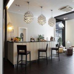 Отель Holiday Inn Genoa City Генуя гостиничный бар