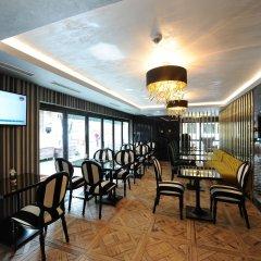 Le Petit Palace Hotel Турция, Стамбул - 4 отзыва об отеле, цены и фото номеров - забронировать отель Le Petit Palace Hotel онлайн интерьер отеля фото 2