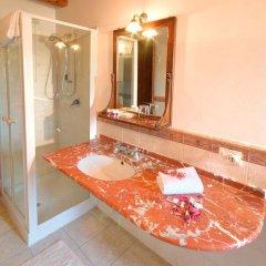 Отель Locanda Il Girasole Италия, Камерано - отзывы, цены и фото номеров - забронировать отель Locanda Il Girasole онлайн ванная фото 2