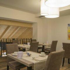 Hotel Garnì Caminetto Горнолыжный курорт Скирама Доломити Адамелло Брента интерьер отеля фото 3