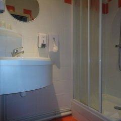 Отель Alcyon Франция, Сомюр - отзывы, цены и фото номеров - забронировать отель Alcyon онлайн ванная