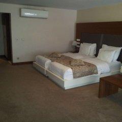 Отель Gravis Suites Стамбул комната для гостей фото 5