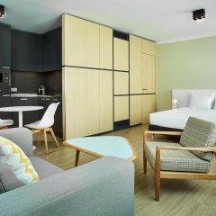 Отель Hilton Garden Inn Brussels City Centre комната для гостей