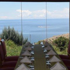 Отель Titicaca Lodge - Isla Amantani Перу, Тилилака - отзывы, цены и фото номеров - забронировать отель Titicaca Lodge - Isla Amantani онлайн фитнесс-зал фото 2