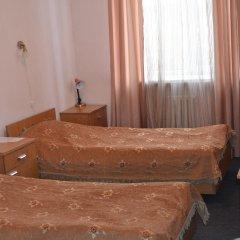 Гостиница Парк Отель в Оренбурге 14 отзывов об отеле, цены и фото номеров - забронировать гостиницу Парк Отель онлайн Оренбург комната для гостей фото 2