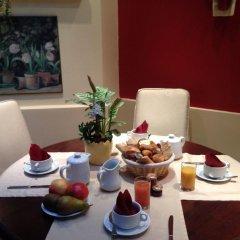 Отель Virgina Франция, Париж - 3 отзыва об отеле, цены и фото номеров - забронировать отель Virgina онлайн питание