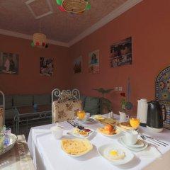 Отель Riad De La Semaine питание фото 2