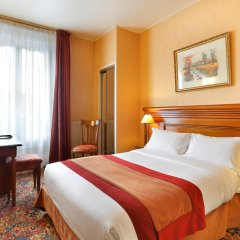 Отель The Originals Hotels Paris Paix République Париж комната для гостей фото 2