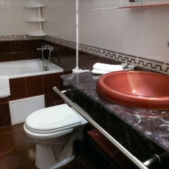 Гостиница Мирный курорт ванная