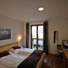 Отель Residence Karpoforus Лачес сейф в номере