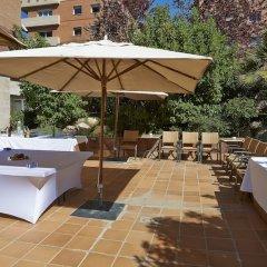 Отель NH Porta Barcelona Испания, Сан-Жуст-Десверн - отзывы, цены и фото номеров - забронировать отель NH Porta Barcelona онлайн бассейн фото 3
