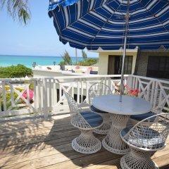Отель Cannon Cottage, 3BR by Jamaican Treasures балкон