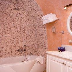 Отель Adamis Majesty Suites Греция, Остров Санторини - отзывы, цены и фото номеров - забронировать отель Adamis Majesty Suites онлайн ванная