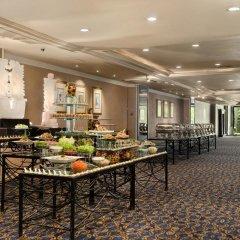 Отель Hilton Colombo Шри-Ланка, Коломбо - отзывы, цены и фото номеров - забронировать отель Hilton Colombo онлайн питание фото 2