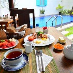 Отель Surf Villa Шри-Ланка, Хиккадува - отзывы, цены и фото номеров - забронировать отель Surf Villa онлайн питание фото 2