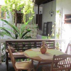 Отель Shoba Travellers Tree Home Stay балкон