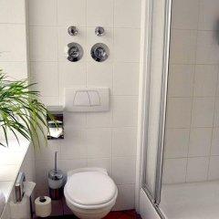 City Hotel West ванная