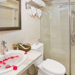 Отель Hanoi La Selva Hotel Вьетнам, Ханой - 1 отзыв об отеле, цены и фото номеров - забронировать отель Hanoi La Selva Hotel онлайн ванная