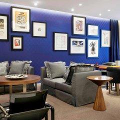 Отель Sofitel Paris Arc De Triomphe Франция, Париж - отзывы, цены и фото номеров - забронировать отель Sofitel Paris Arc De Triomphe онлайн гостиничный бар