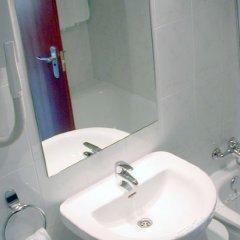 Отель Bahía Bayona Испания, Байона - отзывы, цены и фото номеров - забронировать отель Bahía Bayona онлайн ванная