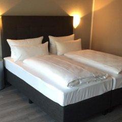Отель Atrium Rheinhotel сейф в номере
