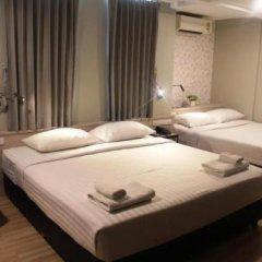 Отель YWCA International House Bangkok фото 13