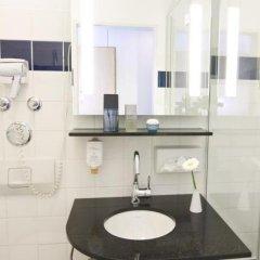 Отель GHOTEL hotel & living München – Zentrum Германия, Мюнхен - 1 отзыв об отеле, цены и фото номеров - забронировать отель GHOTEL hotel & living München – Zentrum онлайн ванная фото 2