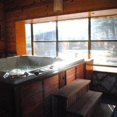 Отель Best Western The Lodge at Creel Мексика, Креэль - отзывы, цены и фото номеров - забронировать отель Best Western The Lodge at Creel онлайн бассейн фото 2